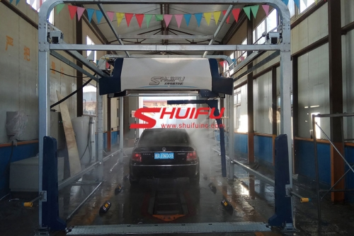 AXE OVERHEAD Laserwash plus 360  in-bay car wash in CHINA